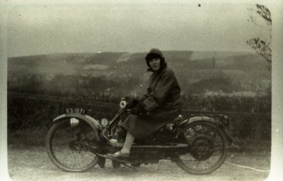 Scott - Lady motorcyclist