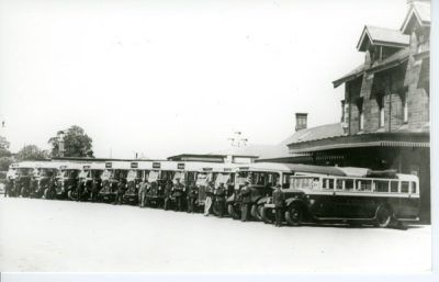Dennis Thorniecroft - Buses lined up