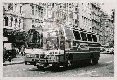 Leyland TigerDuple coach body