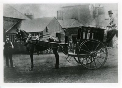 Youngs Hansom cab