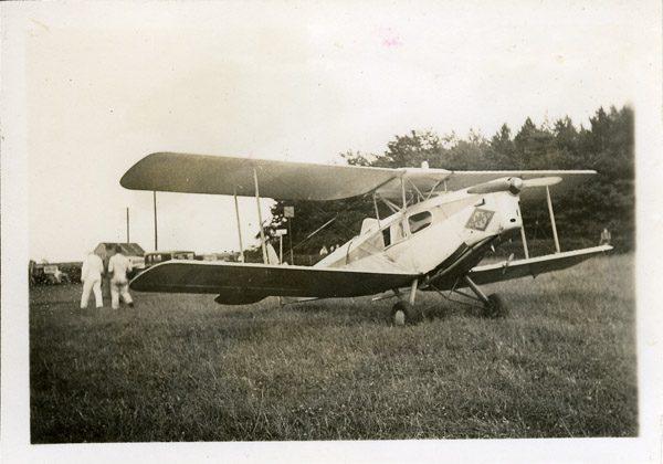 Bi-plane De-Havilland