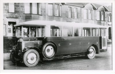 Half cab single decker Albion