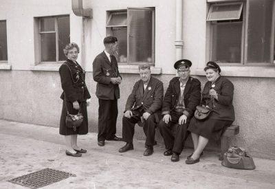 Employee Bus Crew