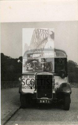 Leyland TigerDuple 30 seat coach body